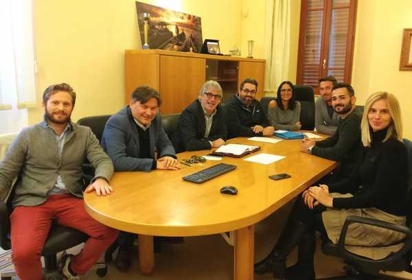 """Photo of La Giunta approva lo schema di bilancio 2020, il sindaco: """"Diminuzione record di tasse"""""""