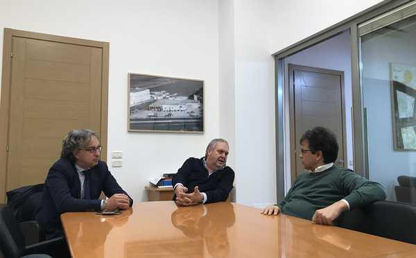 """Olivicoltura, Luca Sani in visita alla cooperativa OL.MA: """"Punta di diamante del territorio"""""""