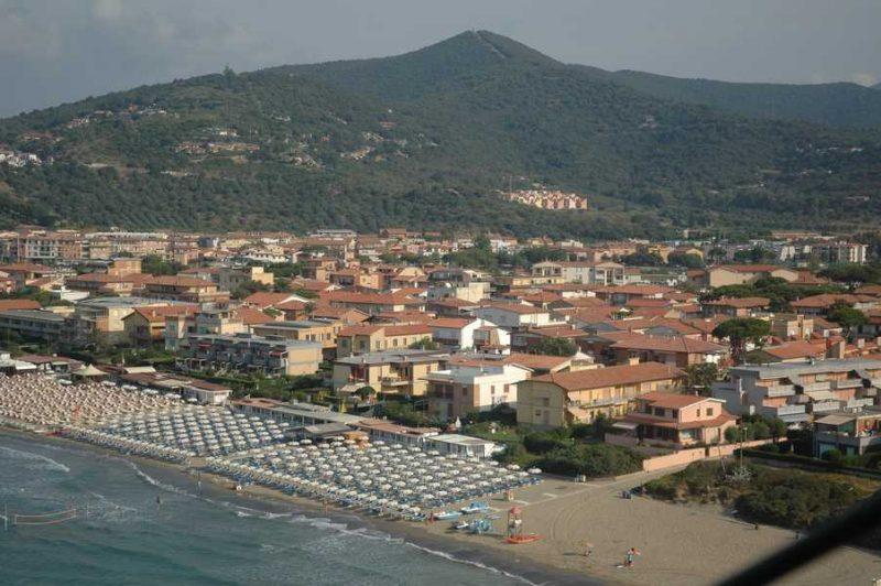 """Castiglione, Fratelli d'Italia: """"Presenze in netto calo, occorre puntare su turismo medio-alto"""""""