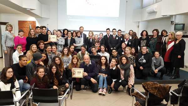 """""""Storie di alternanza"""": torna il premio della Camera di commercio dedicato agli studenti"""