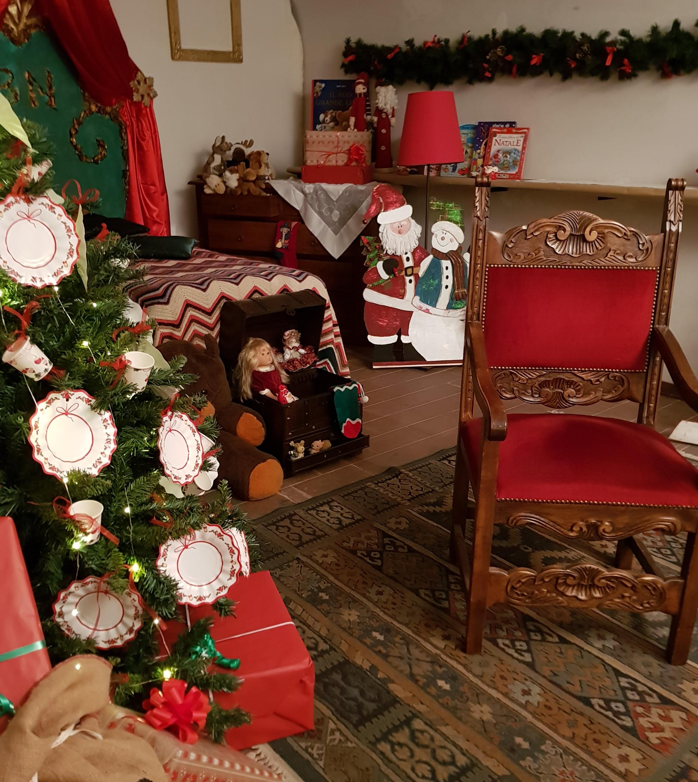 Immagini Del Villaggio Di Babbo Natale.Il Villaggio Di Babbo Natale Sbarca A Castel Del Piano