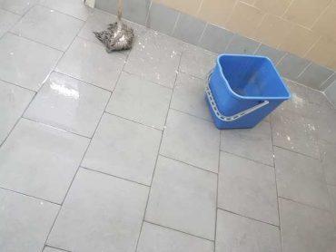"""Rete degli studenti medi: """"Al Rosmini piove in bagno, la Provincia intervenga"""""""