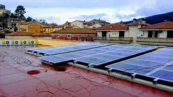 Photo of Un impianto fotovoltaico sul tetto del municipio: prosegue l'impegno di Capalbio per le energie rinnovabili