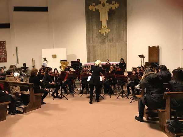 """""""Amicizia e musica"""": un concerto sancisce il gemellaggio tra due scuole maremmane"""