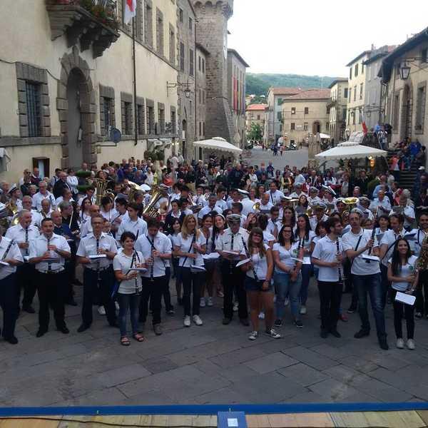 """A Santa Fiora """"Passa la banda"""": ospite dal Friuli Venezia Giulia la banda di Sappada"""