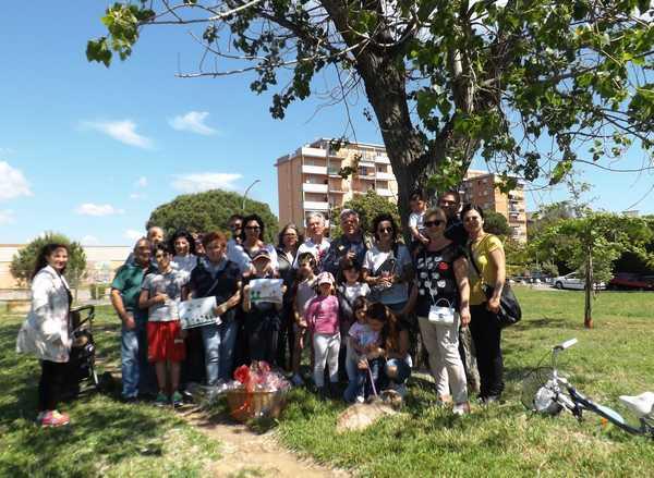 """""""Bambini, nonni e genitori gli alberi della vita"""": successo per la manifestazione"""
