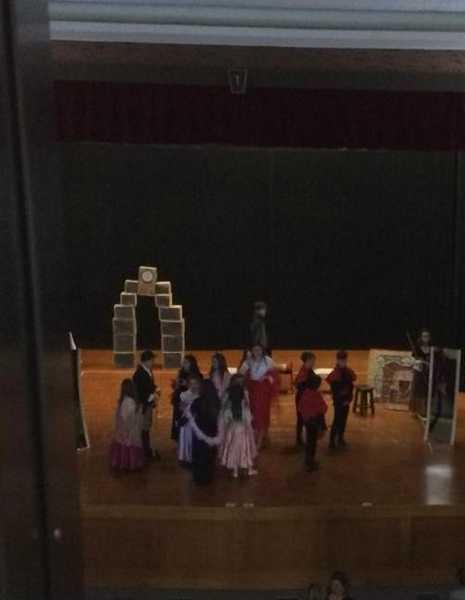 """Da Grosseto a Bellusco: il coro dell'Istituto comprensivo 3 in scena con """"Cenerentola"""""""