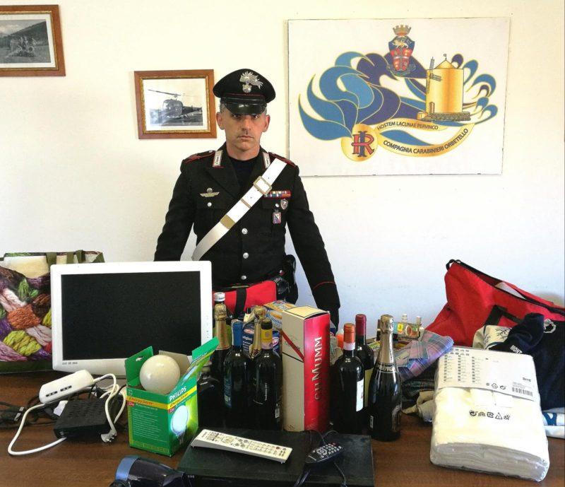 Svaligiano un'abitazione e fuggono con bici rubate: coppia scoperta dai Carabinieri