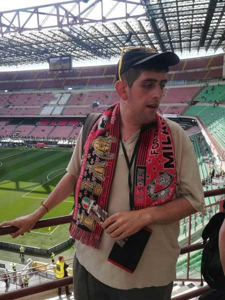 Da Paganico a San Siro per tifare Milan: il sogno di Paolo diventa realtà
