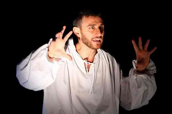 """Photo of """"William Shakespeare – La verità è altrove"""": monologo di Giacomo Moscato per gli studenti"""