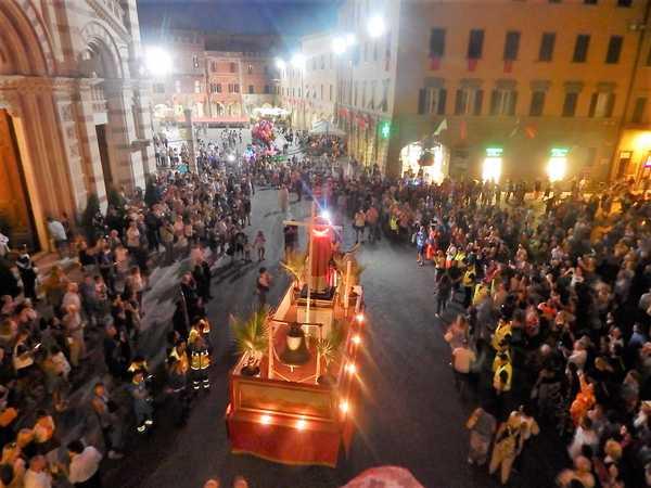 Photo of Emergenza Coronavirus: annullati fuochi d'artificio e processioni in Maremma