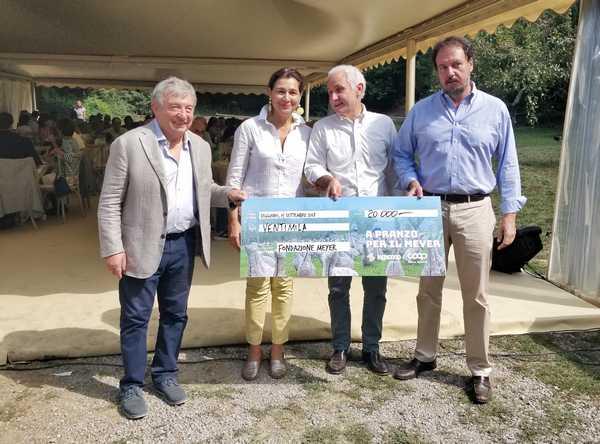 """""""A pranzo per il Meyer"""": raccolti 20mila euro per il progetto sull'ampliamento dell'ospedale"""