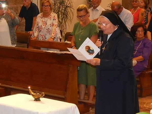 Photo of Suor Annalisa Caputi rinnova i voti: grande festa a Caldana
