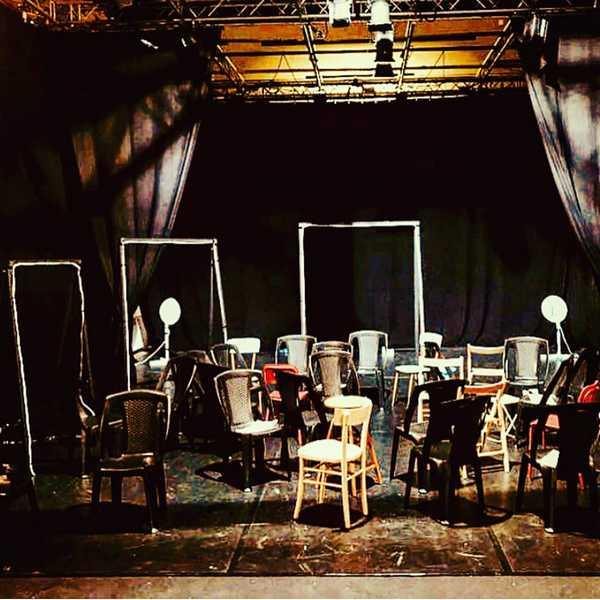 """""""Le sedie"""": il """"teatro dell'assurdo"""" di Ionesco in scena a Cinigiano"""