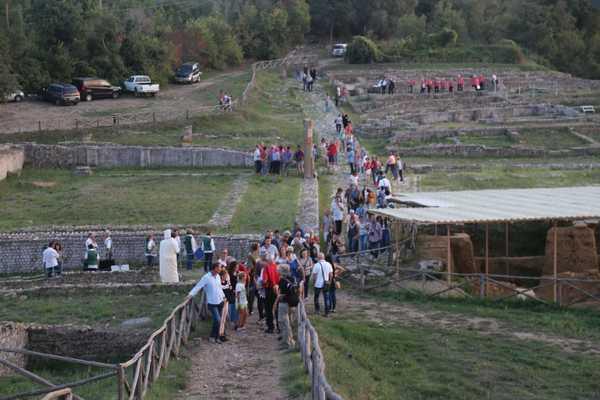 Giochi, picnic e visite gratuite all'ombra dei ruderi: gli scavi di Roselle aperti per Pasquetta