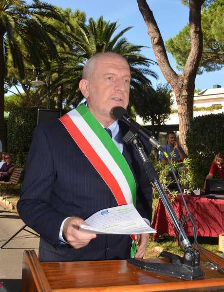 """Photo of Mancato utilizzo delle mascherine a Castiglione, Farnetani: """"In troppi ancora non rispettano le regole"""""""
