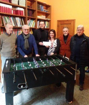 Una donazione ed un biliardino nuovo per la comunità educativa Don Luigi Rossi