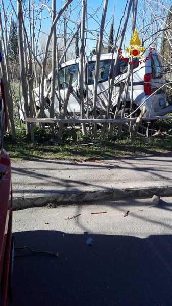 Incidente a Roselle: scontro tra due auto in via Batignanese