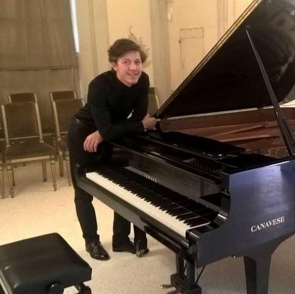 """""""Visioni Lisztiane"""": concerto del pianista Jacopo Mai all'Istituto musicale comunale"""