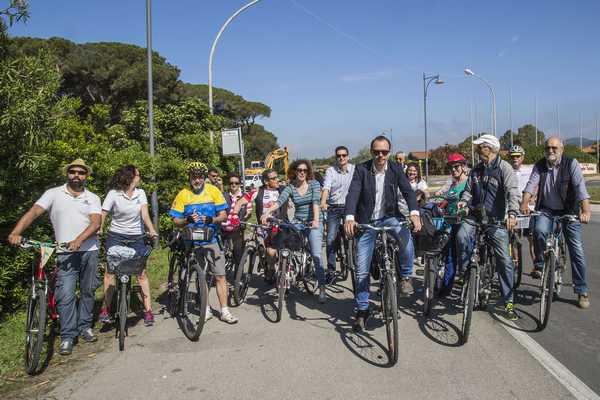 """Photo of Mobilità sostenibile: Follonica aderisce ancora a """"Comuni ciclabili"""""""