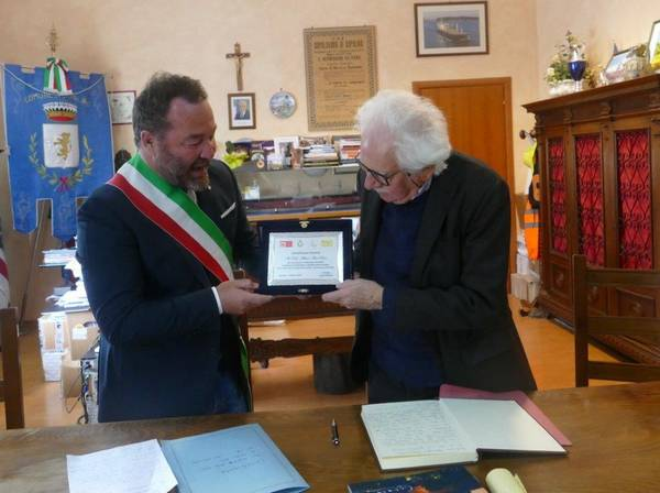 Capalbio: il professor Alberto Asor Rosa è cittadino onorario