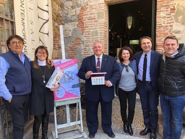 """Photo of """"Rimpiattino"""": i ristoranti lanciano le doggy bag contro lo spreco alimentare"""