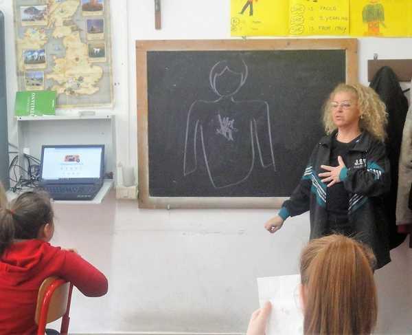 Difendersi dal bullismo e dal cyberbullismo: il Kiwanis organizza lezioni nelle scuole