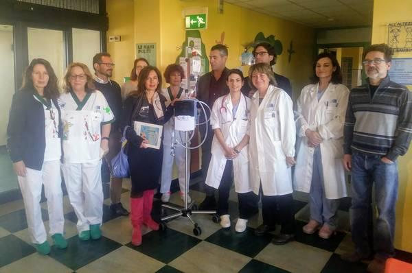 La Pro Loco di Marina dona un dispositivo per l'ossigenoterapia alla Pediatria di Grosseto