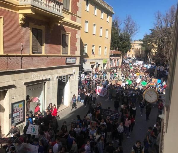 Sciopero per il clima a Grosseto: il video della manifestazione