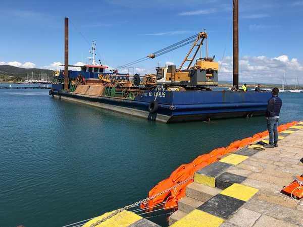 """Photo of Escavo porto di Talamone, Enrico Rossi in visita al cantiere: """"Intervento cruciale"""""""