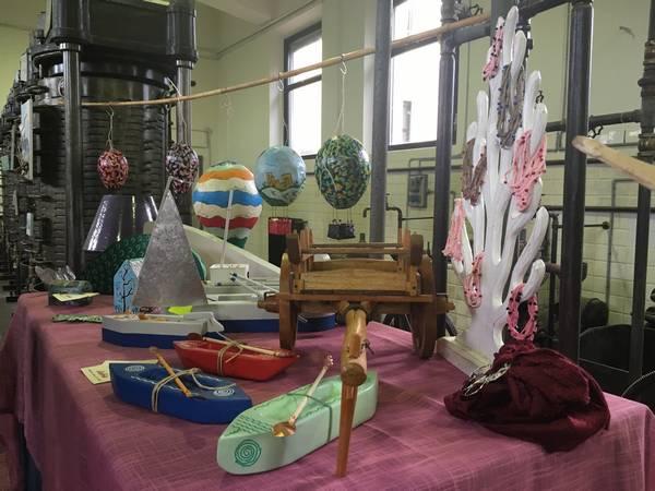 """""""Mare, Parco e dintorni"""": inaugurata la mostra di opere di cartapesta di Lisarte"""