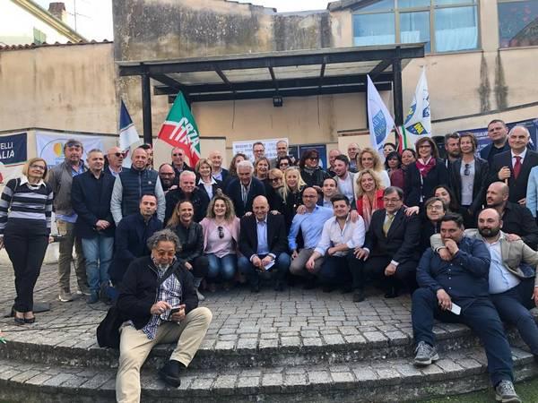 Di Giacinto chiude la campagna elettorale al Casello idraulico: ecco l'appello al voto