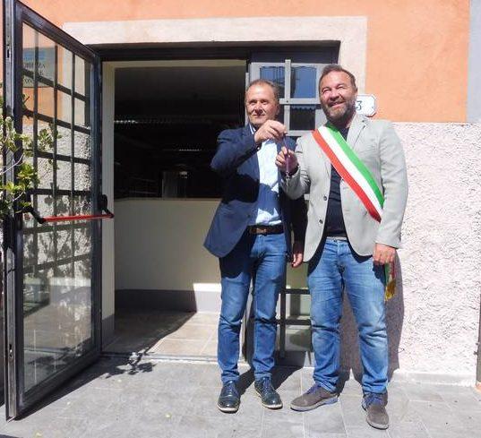 Banca Tema consegna al Comune di Capalbio le chiavi dei locali destinati alla nuova biblioteca