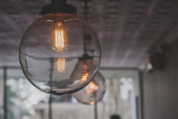 Obiettivo risparmio: le migliori offerte luce e gas