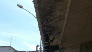 Photo of Cadono cemento e calcinacci dal ponte: sopralluogo dei Vigili del Fuoco ad Istia