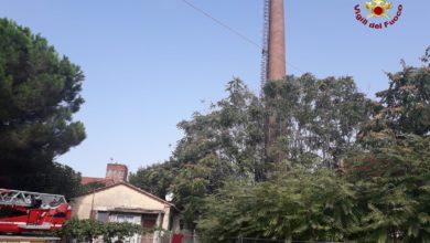Photo of Monitoraggio della ciminiera: intervento dei Vigili del Fuoco all'ex Ilva