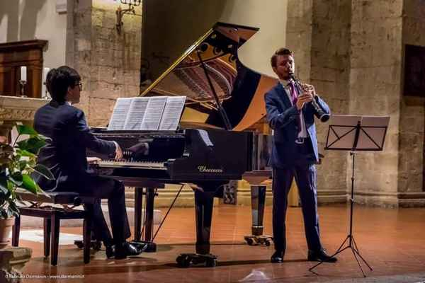 A.Gi.Mus: un duo al clarinetto e al pianoforte in concerto al Polo ...