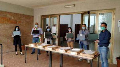 Photo of Emergenza Coronavirus: il Rotary Club dona sei computer alla scuola primaria