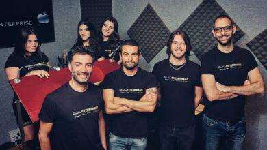 Photo of Lo Studio Enterprise riprende il viaggio: i doppiatori tornano davanti al leggio