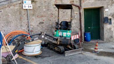 """Photo of Antenna 5G sul castello, Lanzillo: """"Il sindaco smentisce lavori, ma cartello dice cosa opposta"""""""