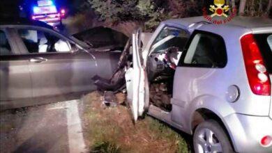 Photo of Scontro frontale tra due auto: ferite due donne