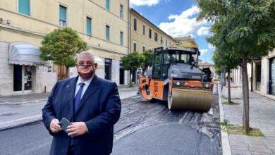 Photo of Al via i lavori in via Oberdan: saranno rifatti l'asfalto e il marciapiede
